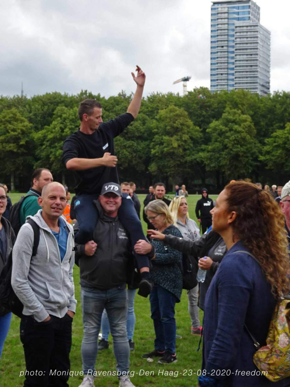 Freedom-Den-Haag-23-08-2020-buddies