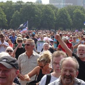 Freedom-Den-Haag-Crowd