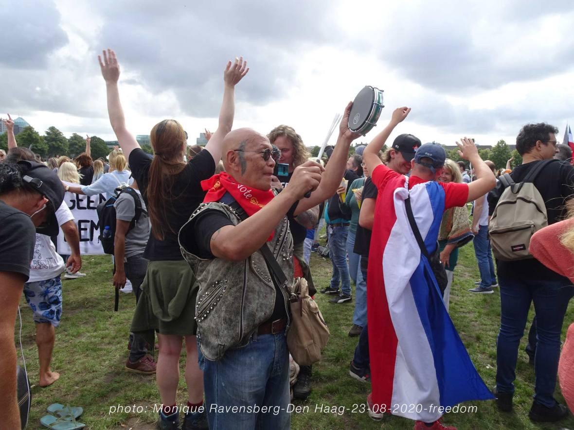 Freedom-Den-Haag-demonstrators