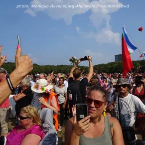 Freedom-Den-Haag-Freedom-Crowd