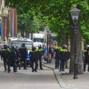 Vrijheid-20-augustus-2020-Den-Haag-cordon