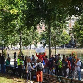 Vrijheid-demonstratie-20-augustus-2020-Den-Haag-