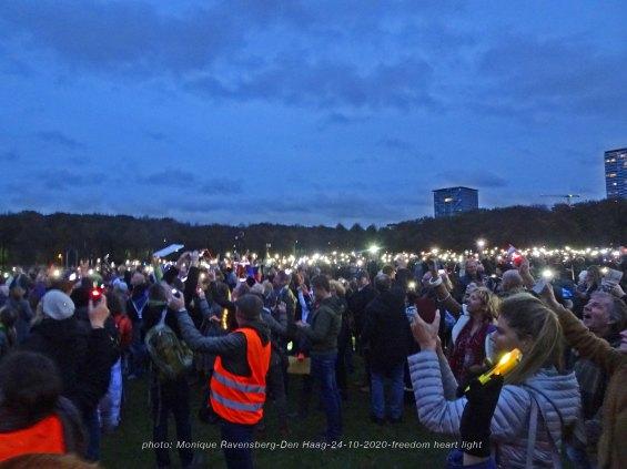 Freedom-Den-Haag-241020-light-up-together