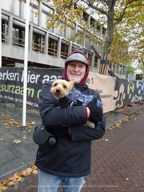 freedom-Rotterdam-291020-dog