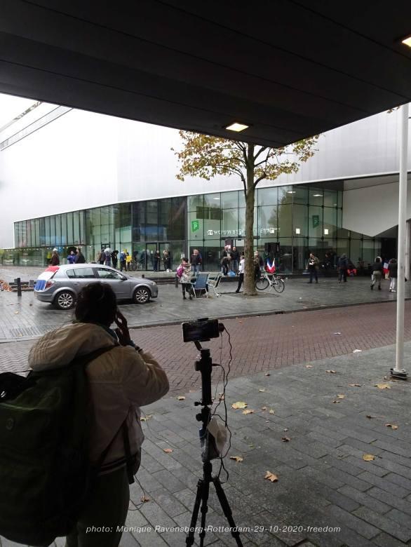 freedom-Rotterdam-291020-hide-away