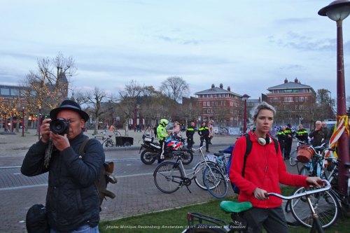Freedom-Amsterdam-14-11-20-sideline