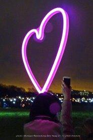 Freedom-Den-Haag-21-11-2020-light-the-heart