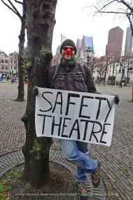 Freedom-Den-Haag-liefde-&vrijheid-safety-theatre