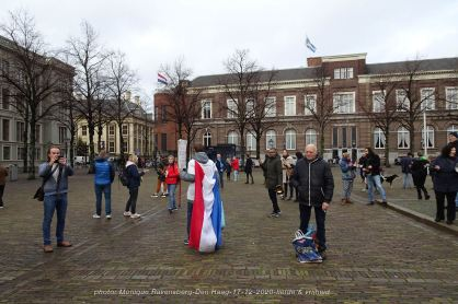 Freedom-Den-Haag-liefde-&vrijheid-square