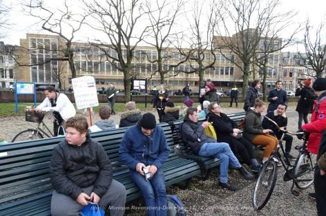 Freedom-Den-Haag-liefde-&vrijheid-surounded