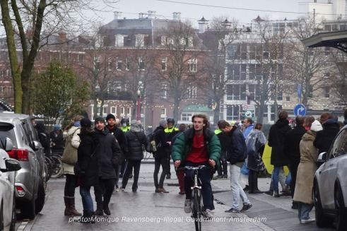 freedom-illegal-government-Amsterdam-17-1-21-from-park-to-street