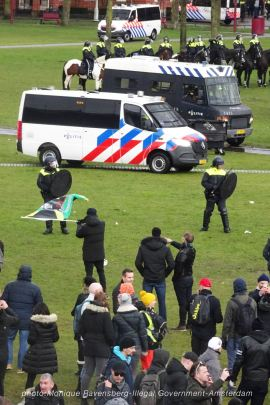 freedom-illegal-government-Amsterdam-17-1-21-in-the-field