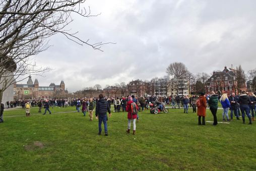 freedom-illegal-government-Amsterdam-17-1-21-overview-on-the-field