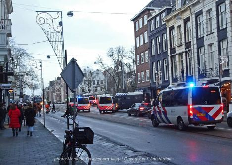freedom-illegal-government-Amsterdam-17-1-21-police-in-the-street