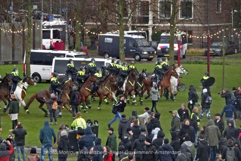 freedom-illegal-government-Amsterdam-17-1-21-run