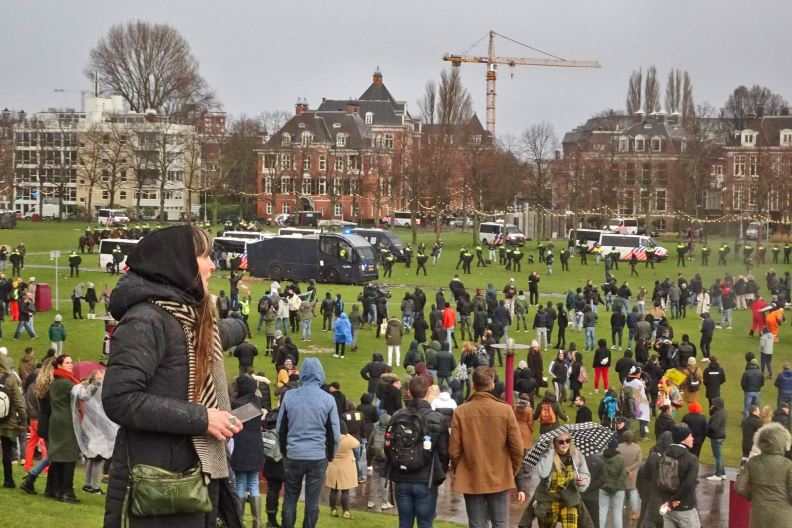 freedom-illegal-government-Amsterdam-17-1-21-war-against-peace