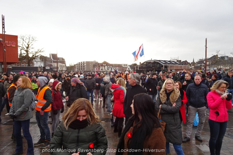 stop-lockdown-mrstardesign-100121-face-in-the-crowd
