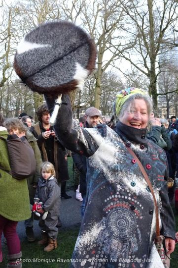 women-for-freedom-mrstardesign-03012021-drum-lady