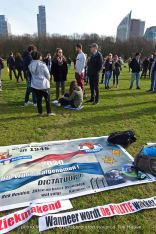 Freedom-stop-violence-The-Hague-banner