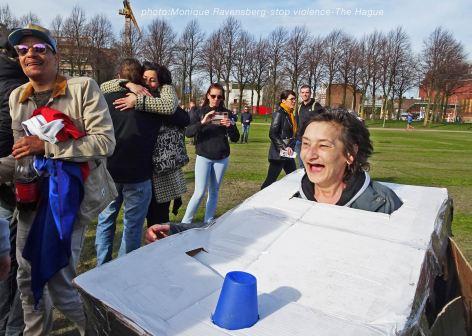Freedom-stop-violence-The-Hague-hug-&-meet
