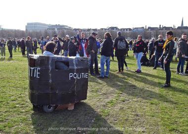 Freedom-stop-violence-The-Hague-tuut-tuut