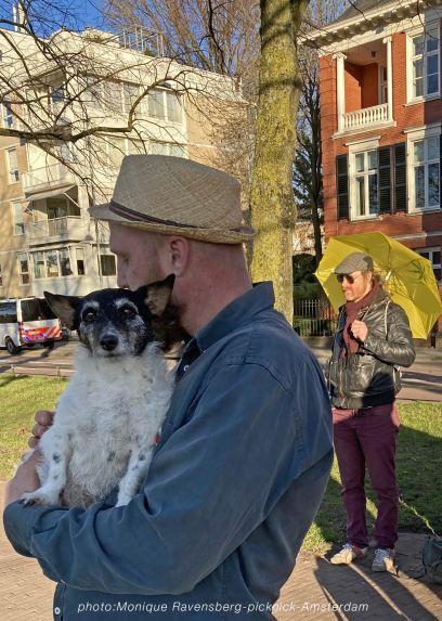 Freedom-21-02-28-picknick-Amsterdam-dog