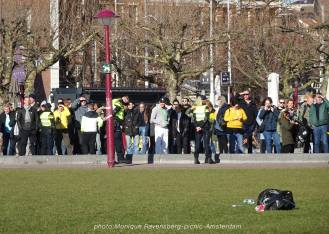 Freedom-21-02-28-picknick-Amsterdam-other-side
