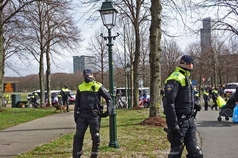 Freedom-21-03-14-The-Hague-police-guard