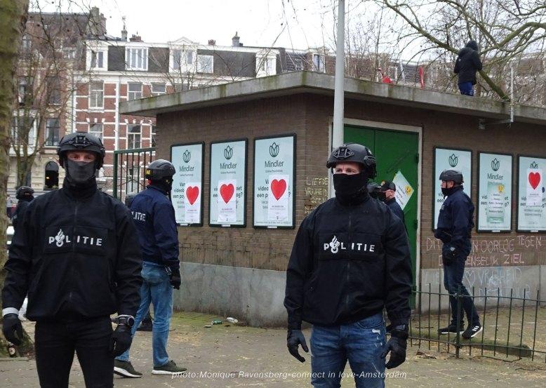 freedom-A'M-200321-AE-police