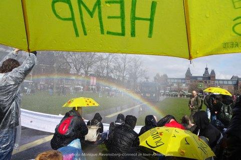 freedom-A'M-200321-umbrella