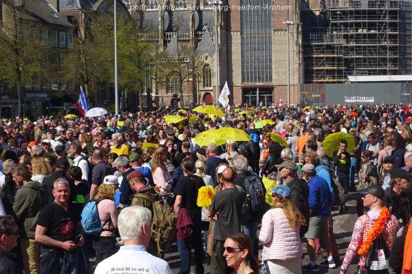 freedom-Arnhem-210427-people