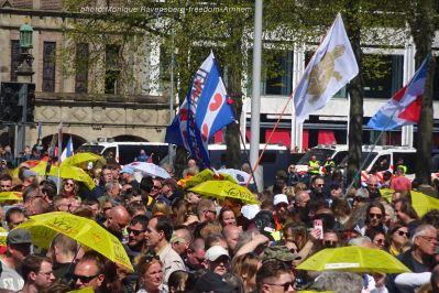 freedom-Arnhem-210427-wave-flag
