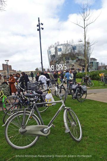 freedom-R'M-200403-bikeparking