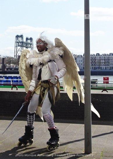 freedom-R'M-200417-rolling-angel