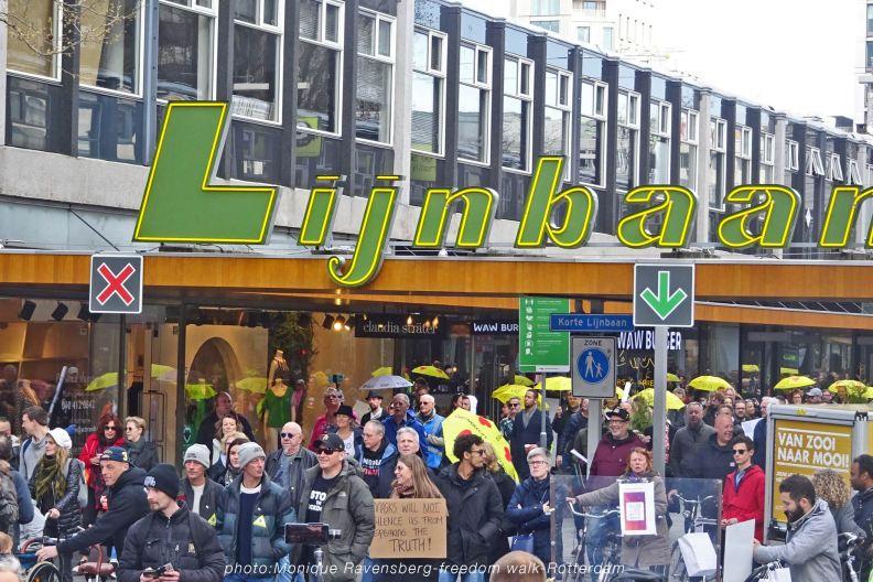 freedom-Rotterdam-walk-200417-Lijnbaan-