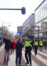 freedom-Rotterdam-walk-200417-listen