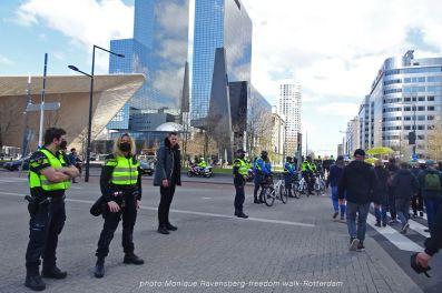 freedom-Rotterdam-walk-200417-police-escort