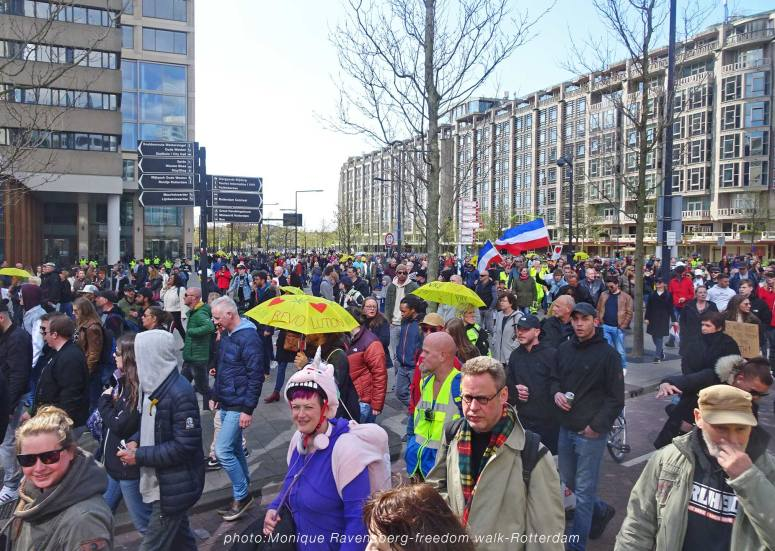 freedom-Rotterdam-walk-200417-turn