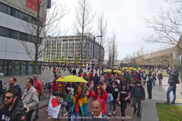 freedom-Rotterdam-walk-200424-line