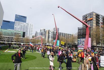 freedom-Rotterdam-walk-200424-start-2