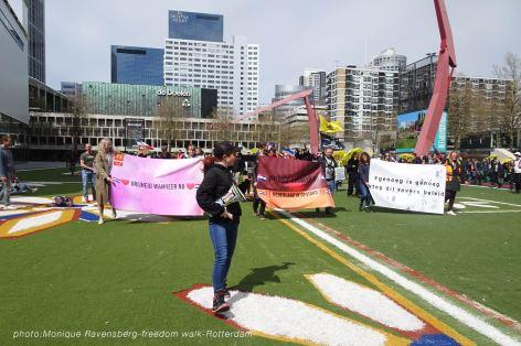 freedom-Rotterdam-walk-200424-start