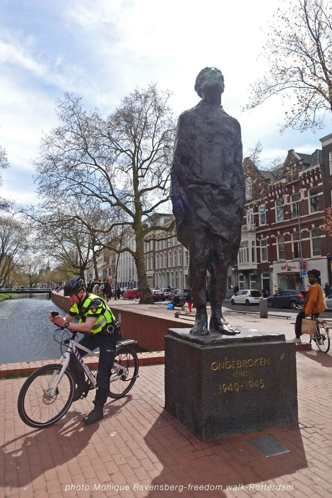 freedom-Rotterdam-walk-200424-statue