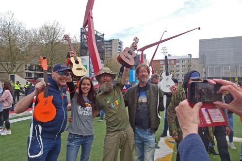 freedom-Rotterdam-walk-200424-Ukes