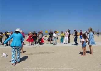 Dancer-encore-210530-Scheveningen-beach-dance2