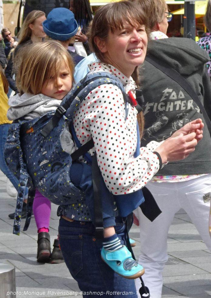 flashmop-210516-Rotterdam-dance-back