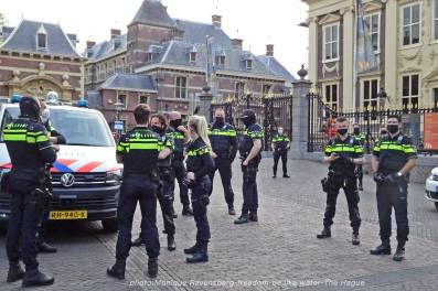 Freedom-210510-The-Hague-police-mask