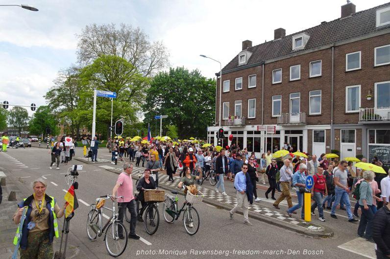 Freedom-210513-Den-Bosch-walk-&-bike