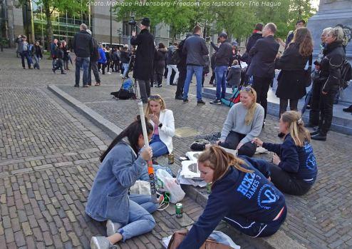 Freedom-210516-The-Hague-ladies