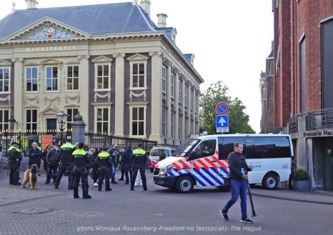 Freedom-210516-The-Hague-Mauritshuis