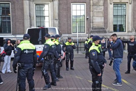 Freedom-210516-The-Hague-stop-intimidation